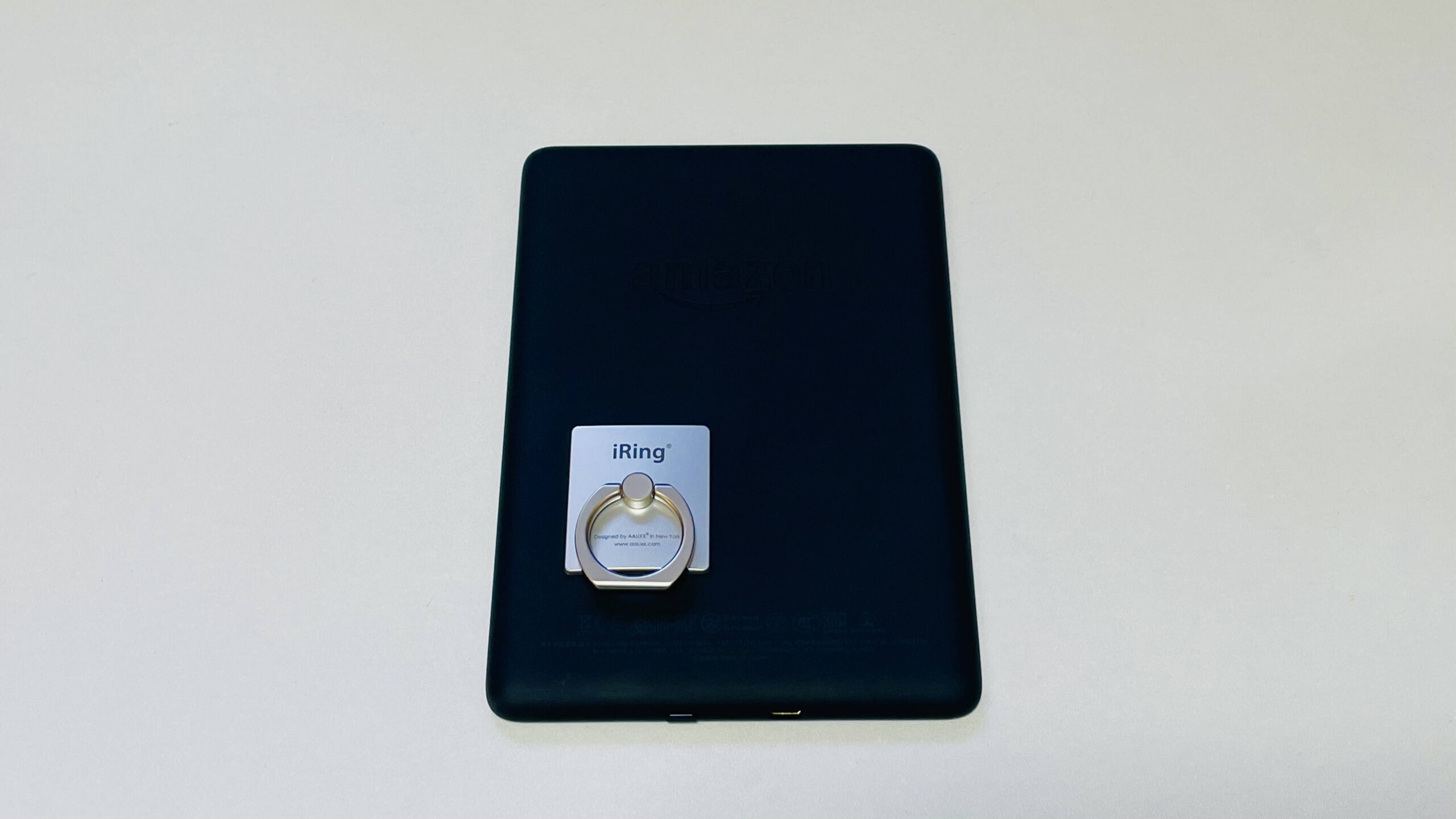 Kindleに取り付けたiRing